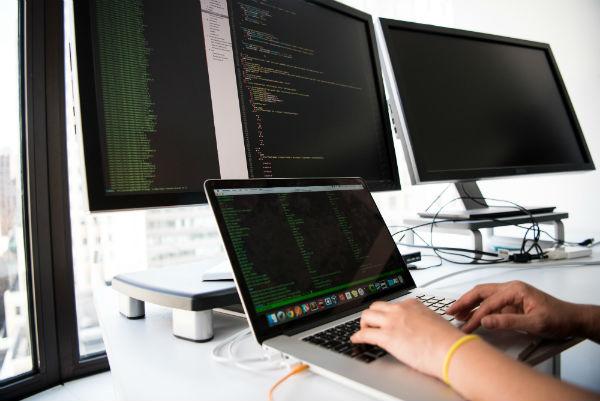 digital recruitment - digital screens